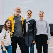fotograf Aleš Bravničar z družino